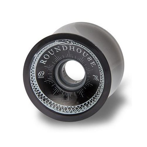 New ROUNDHOUSE WHEELS CONCAVEКолеса<br>Комплект колес от Carver, выполненные в лучших традициях качества скейтового бренда. Широкопрофильные колеса. вне зависимости от цвета, имеют идентичную жесткость - 78А.<br> <br> <br> Особенности:<br><br>Набор колес<br>Ширина: 69 мм<br>Жесткость: 78А.<br><br>Сезон: SS17<br>Артикул: 68638<br>Цвет: SMOKE<br>Пол: УНИ<br>Пол: Мужcкое, Женское<br>Размер: 69MM/78A<br>Тип вещи: КОЛЕСА