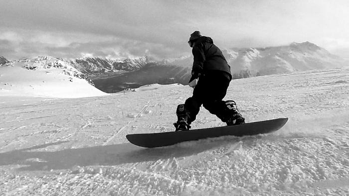 Сноубордист трюк