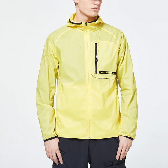 ВЕТРОВКА Oakley STRETCH LOGO PATCH PACKABLE JACKET  SS20 от Oakley в интернет магазине www.traektoria.ru - 2 фото